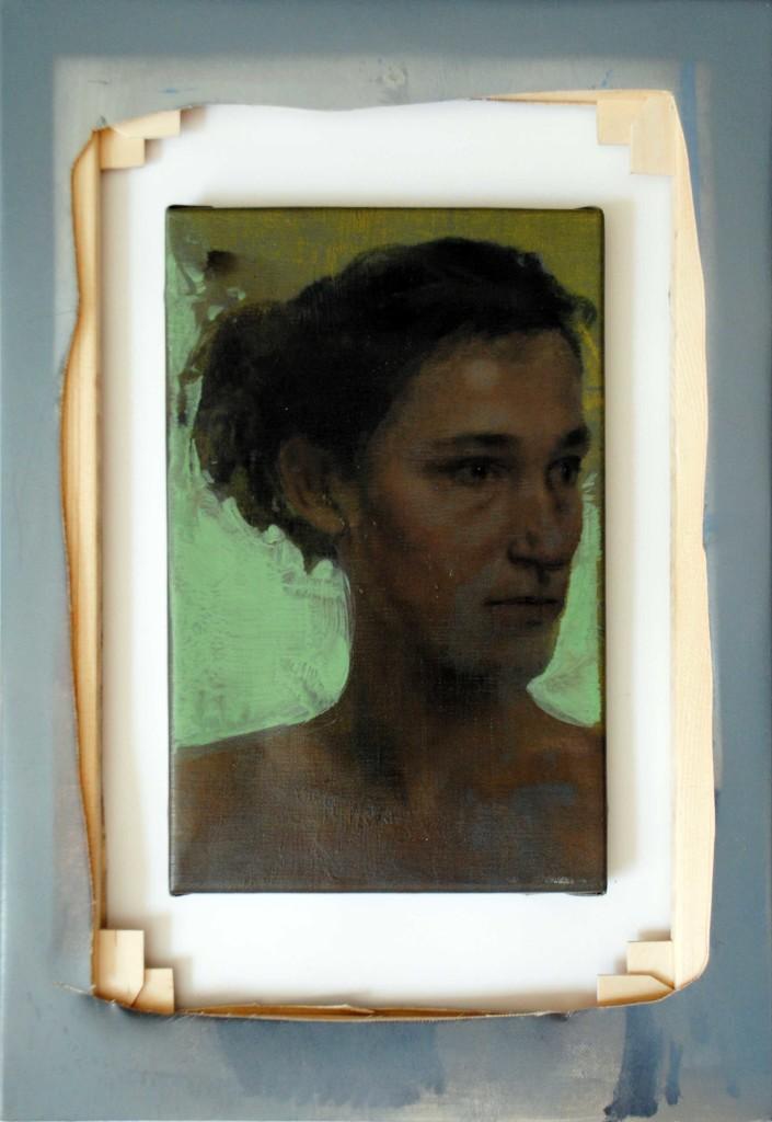 Studio di ritratto di Chiara, olio su tela, 30x20 cm, 2010; Cornice-telaio-fallimento, olio e spray su tela, cm 50x35, 2016.